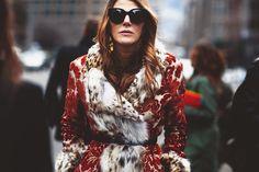 Direto dede Milão Em agosto de 2010, o FFW encontrou Anna Dello Russo para uma conversa em Milão. Antes mesmodo Instagram ser criado (seu lançamento aconteceria meses depois, em outubro), a diretora de moda da Vogue Japão já falava sobre o poder das redes sociais e catapultava uma declaração tão atual que poderia ter sido dada esta semana, durante a visita que ela está fazendo ao Brasil para participar de ações nas lojas da Dolce&Gabbana (dará dicas de styling às clientes) e eventos da...
