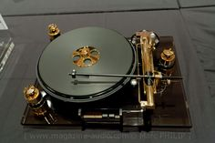 Salon Son & Image | Photos SSI 2012A #giradischi #turntables