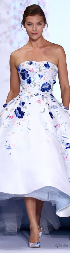 "lepetitmuguet: "" Ralph and Russo Haute Couture Spring 2016 White silk gazar ball gown with pale blue lining and hand painted floral design, embellished with crystals and glass bead petals. Style Couture, Couture Fashion, Fashion Show, Paris Fashion, Live Fashion, Fashion News, Spring Fashion, Women's Fashion, Ralph & Russo"