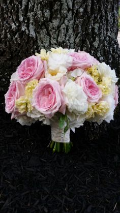 Bridal bouquet by LZ Floral Design featuring #lisianthus #stock #gardenroses