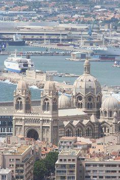 ✮ Cathedrale de la Major et une partie du port de Marseille,, France