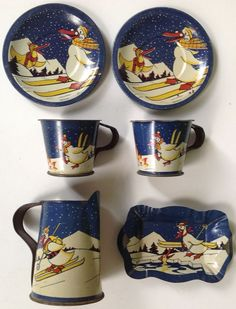 "Vintage French tin-litho child's toy tea set ""Skiing Ducks"""