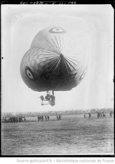 Le dirigeable anglais N. [S] 7 : [photographie de presse] / [Agence Rol] -- 1919 -- images