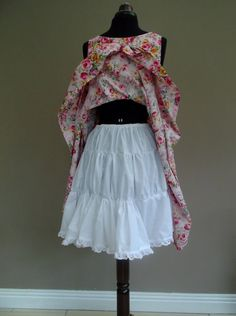 Cotton sheet Petticoat    .::I would add a couple/few more layers though. . .::.