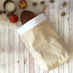 ľanové vrecko na chlieb, bagety Food Storage, Bag Storage, Bread Bags, Natural Linen, Organic Recipes, Christmas Stockings, Hand Weaving, Basket, Rustic