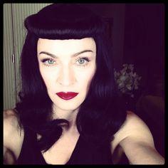 Madonna aparece morena (Foto: Reprodução/Instagram)