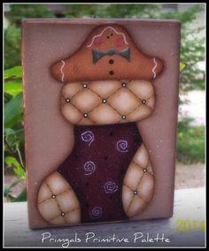 Gingerbread Shelf Sitter