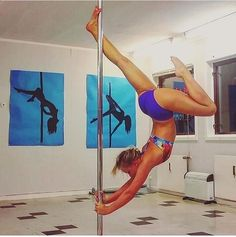 Looks like this move shown with @gorilsynnove wearing @indipolewear is DANGEROUS BRIAN VARIATION. If you call it something else, write the name below. ⏬⏬⏬ And HASHTAG #PoleDanceNation in your most daring pole tricks. #DangerousBrianVariation #NameThatPoleTrick