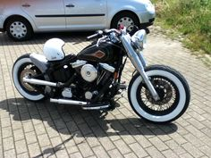Harley Softail Bobber