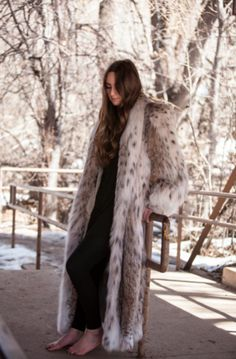 **Please feel free to make an offer on this luxurious piece*** You will want to bundle up and SLEEP in this Coat! GORGEOUS TEN X OVER would not deem this coat worthy of ITS ACTUAL appearance ... 1980'