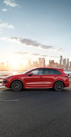 Muscular, athletic and powerful. The new Cayenne GTS makes a clear statement. On every straight and in every bend.  *Combined fuel consumption in accordance with EU6: 10.0–9.8 l/100 km; CO2 emissions 234–228 g/km