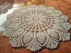 Fiore Tablecloth 🌼 – Beauty & Seem Beautiful Free Crochet Doily Patterns, Crochet Mandala, Knit Patterns, Crochet Stitches, Crochet Dollies, Crochet Baby, Knit Crochet, Crochet Carpet, Lace Doilies
