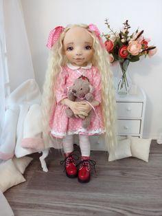Doll's therapy. Для заболевших куклами.