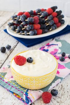 Lemon Cream Fruit Dip - this creamy dip is made from just 2 ingredients and it is perfect for serving with mini fruit skewers. Great recipe for parties and picnics! Lemon Cream, Lemon Curd, Great Recipes, Amazing Recipes, Easy Recipes, Easy Fruit Dip, Delicious Desserts, Dessert Recipes, Fruit Skewers