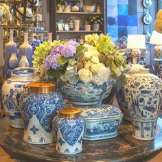 Blue and white is always a classic color combination and can be incorporated in so many different styles of décor. : blue and white loveliness