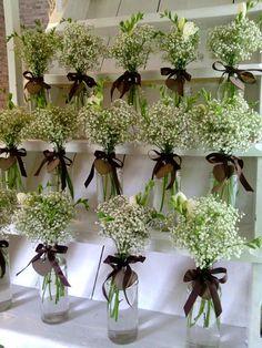Výsledek obrázku pro svatební kytice nevěstin závoj cena