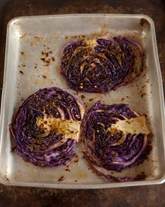 roasted red cabbage steaks with morroccan spices Side Recipes, Veggie Recipes, Vegetarian Recipes, Cooking Recipes, Healthy Recipes, Dinner Recipes, Roasted Red Cabbage, Braised Cabbage, Cabbage Steaks