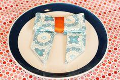 Napkin Bow- DIY rolled edge napkins plus fun folded napkin ideas #clothnapkins #RileyBlake #serger