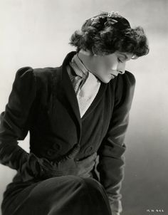 The great Katharine Hepburn, Heaven is in your eyes Golden Age Of Hollywood, Vintage Hollywood, Classic Hollywood, Katharine Hepburn, Audrey Hepburn, Ingrid Bergman, Lonely Heart, Love Her Style, American Actress
