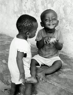 Cute little african kids Precious Children, Beautiful Children, Beautiful Babies, We Are The World, People Around The World, Earth Song, Baby Kind, Happy People, Little People