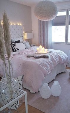 Small and Stylish Bedroom Design Trends and Ideas in 2019 Part bedroom ideas; bedroom ideas for small room; Home Decor Shops, Online Home Decor Stores, Budget Home Decorating, Decorating Ideas, Decor Ideas, Home Improvement Loans, Stylish Bedroom, Interior Styling, Interior Design