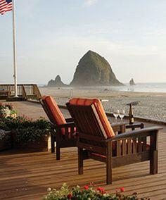 Surfsand Resort and Haystack Rock in Cannon Beach, Oregon • photo: Coast Explorer Magazine