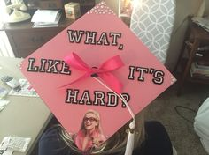 Graduation Cap Elle Woods Legally Blonde Pink - Graduation C Funny Graduation Caps, Graduation Cap Designs, Graduation Cap Decoration, Nursing Graduation, Graduation Diy, High School Graduation, Grad Cap, Ob Nursing, Nursing Schools