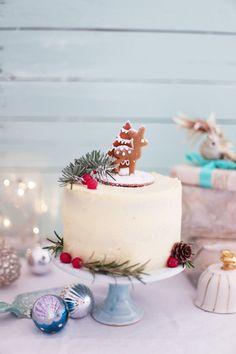 Heute gibt es ein kleines weihnachtliches Eierlikör-Zimt-Törtchen, passend   zum Weihnachtsfest!           Außerdem habe ich mit mein...