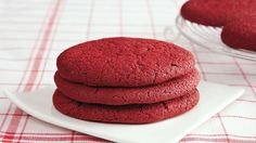 Indulge in some red velvet goodness that's super easy to bake and ready in just 25 minutes.