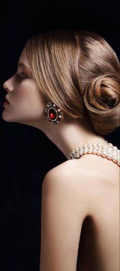 Body Shots, Drop Dead Gorgeous, True Beauty, My Favorite Color, Gorgeous Women, Garnet, Emerald, Brooch, Luxury