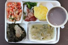 Traditional Hawaiian food is absolutely mouthwatering delicious. Don't miss out on poi, laulau, kalua pig, raw fish poke or even a bowl full of lomi salmon! Tasty Dishes, Food Dishes, Food Food, Traditional Hawaiian Food, Vegetable Stew, Eating Plans, Food Items, Meal Planning, Food And Drink
