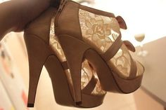 Cute and sexy heels! (heels,high heels,shoes,shoe,fashion,gorgeous,glam,fab,awesome,pretty)