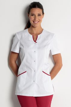 Tunique médicale Spa Uniform, Scrubs Uniform, Medical Uniforms, Work Uniforms, Beauty Therapist Uniform, Doctor White Coat, African Fashion Skirts, Scrubs Outfit, Rainbow Fashion