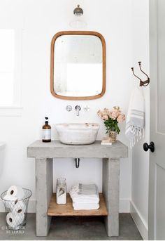 Small bathroom decor ideas for saving space, organizing, and decorating your bathroom. Explore bathroom decorating tips, inspiration, and photos to transform your small bathroom into a bathing oasis. Ideal Bathrooms, Small Bathroom, Bathroom Ideas, Fresh Farmhouse, Farmhouse Decor, Basement Bathroom, Diy Room Decor, Home Decor, Bathroom Furniture