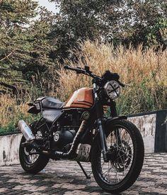 Custom Motorcycles, Cars And Motorcycles, Himalayan Royal Enfield, Spinning Circle, Super Bikes, Cool Bikes, Cafe Racers, Circles, Jay