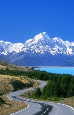 South Island New Zealand Landscape Photography Beautiful Roads, Beautiful World, Beautiful Landscapes, Beautiful Places, Places To Travel, Places To Visit, New Zealand Landscape, New Zealand South Island, Mount Cook New Zealand