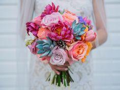 Best of 2015: Bride's Bouquets by The Sonnet House, a Wedding Venue in Birmingham, Alabama Photo: Jett Walker Photography; Dress: BHLDN