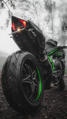 Kawasaki Ninja H2 iPhone Wallpaper - iPhone Wallpapers : iPhone Wallpapers Motos Kawasaki, Kawasaki Motorcycles, Kawasaki Ninja Bike, Kawasaki Vulcan, Wallpaper Motos, Moto Ninja, Ninja Motorcycle, Motorcycle Tips, Motorcycle Quotes