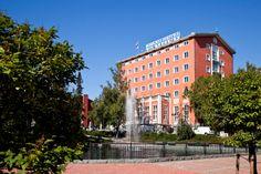 Solo Sokos Hotel Tammer, Tampere. Legendaarinen hotellikaunotar Tammerkosken rannalla on yksi Suomen vanhimmista hotelleista. Beautiful Tammer by Tammerkoski-rapids is one of Finland's oldest and most legendary hotels. #tampere #sokoshotels
