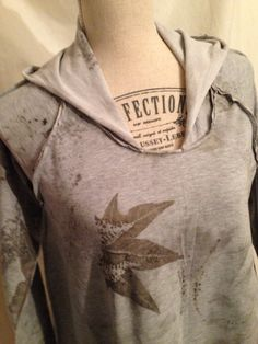 dress in cotton sweatshirt with eco print of fern leaves and maple-by Soloperituoiocchi