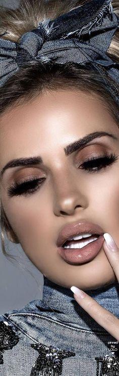 Leanna Bartlett Gorgeous in Denim Beauty Bar, Beauty Make Up, Beauty Style, Nicki Minaj, Makeup Looks, Face Makeup, Soft Makeup, Drop Dead Gorgeous, Beautiful