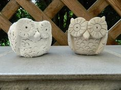 Pinch pot Clay Owls  I am so going to make these or at least try to make them I am working on my second pinch pottery project right now so it might be a while before I am good enough for something like this but hay I am going to give a try