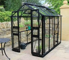 Eden have introduced the very contemporary looking Birdlip 4ft x 4ft greenhouse with black frame. Eden Birdlip 4x4 Wide Greenhouse with Black Frame - GardenSite.co.uk