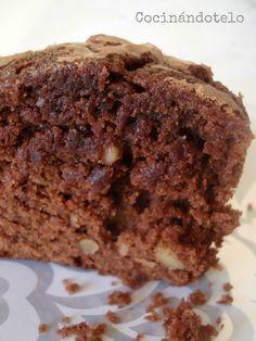 Qué descubrimento! No se como he podido vivir hasta ahora sin esta receta de brownie... Lo tiene todo: es fácil, rápida y lo mas importante ...