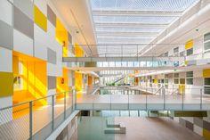 Freundliche Vitrine - Verwaltungsgebäude von Brenac + Gonzalez in Poitiers