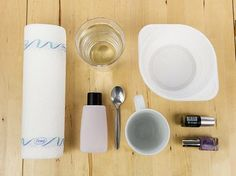 DIY tutorial: Marble Effect Mugs With Nail Varnish via DaWanda.com
