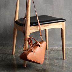 d8f828a60e Handmade Top Grain Women s Fashion Leather Handbag Shoulder Bag Small  Satchel SL01
