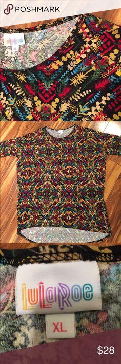 Lularoe top, super comfy!  😍 Soft and stretchy Lularoe top, hi lo hem, in great condition. LuLaRoe Tops Tees - Short Sleeve