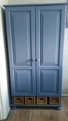 Chalk paint: Autentico Paint Netherlands. Colour vintage: Pavot Blue.