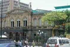 The Teatro Nacional (National Theatre) is the home of symphony, opera, and ballet in San Jose.